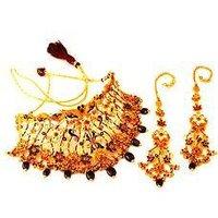 Stone Studded Gold Necklace Set