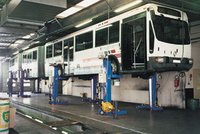 Lift For Trucks And Buses