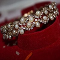 Pearl With Stone Bangle