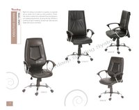 Robust Office Revolving Chair