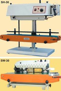 Multi Purpose Continue Bag Seller With Conveyor Belt