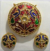 Traditional Kundan Pendants Set