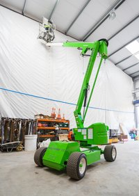 Niftylift Self Propelled Boom Lift