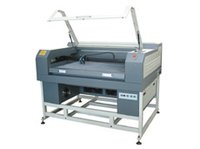Co2 Precise Wood Craft Laser Engraving And Cutting Machine
