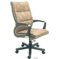 M 101 Leather Chair