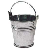 Metal pail