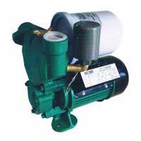 Self priming peripheral pump