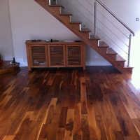 Wood polishing contractors