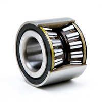 Roller bearing hub