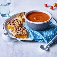 Cheese tomato soup