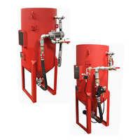 Abrasive blast equipment