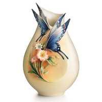 Porcelain Valentine Vase