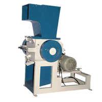 Scrap grinding machine