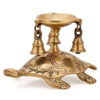 Oil Lamp Stand