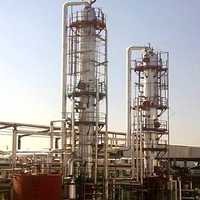 Distillation columns