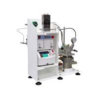 Continuous flow reactor