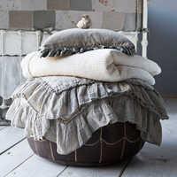 Linen blankets